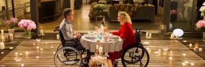 Liebe bringt alles ins Rollen: Ein liebenswertes Regiedebüt mit Handicap